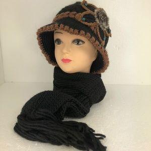 Ladies Knitted Flower Hat/Beanie & Scarf Set Black